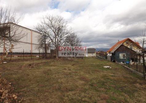 Predaj pozemok 1000 m2,  Lazany okres Prievidza