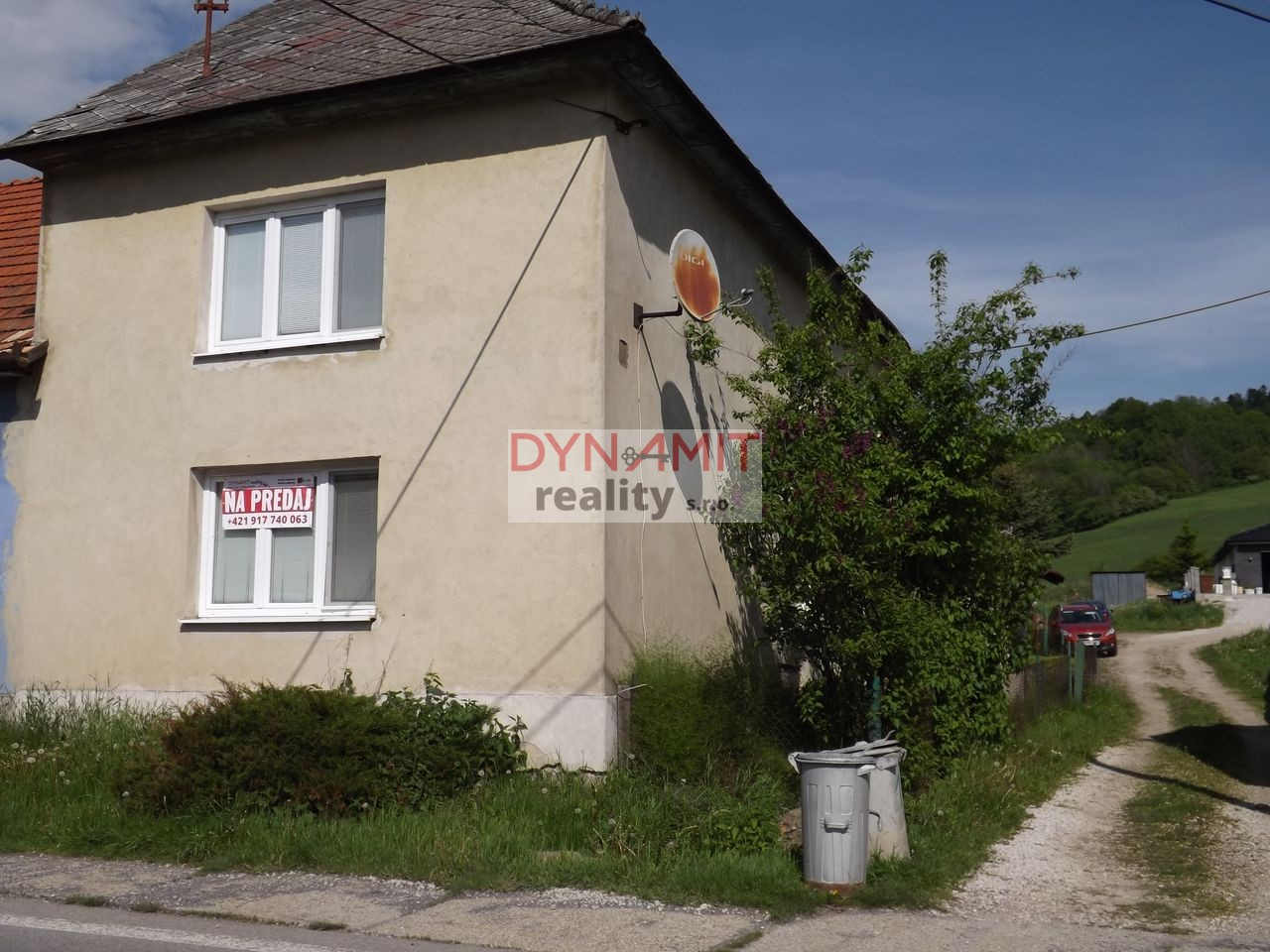 Predaj  4 izbový rodinný dom 259 m2, Handlová časť Nová Lehota.