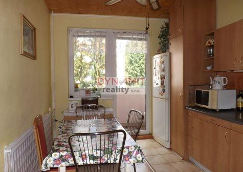 Predaj 4 izbový byt 84 m2  Handlová