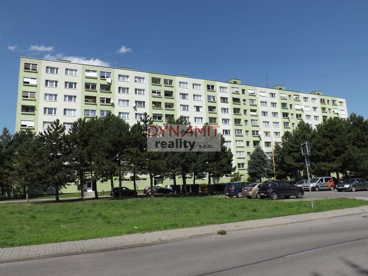 Prenájom 1 izbový byt 37 m2 Prievidza, Zapotôčky