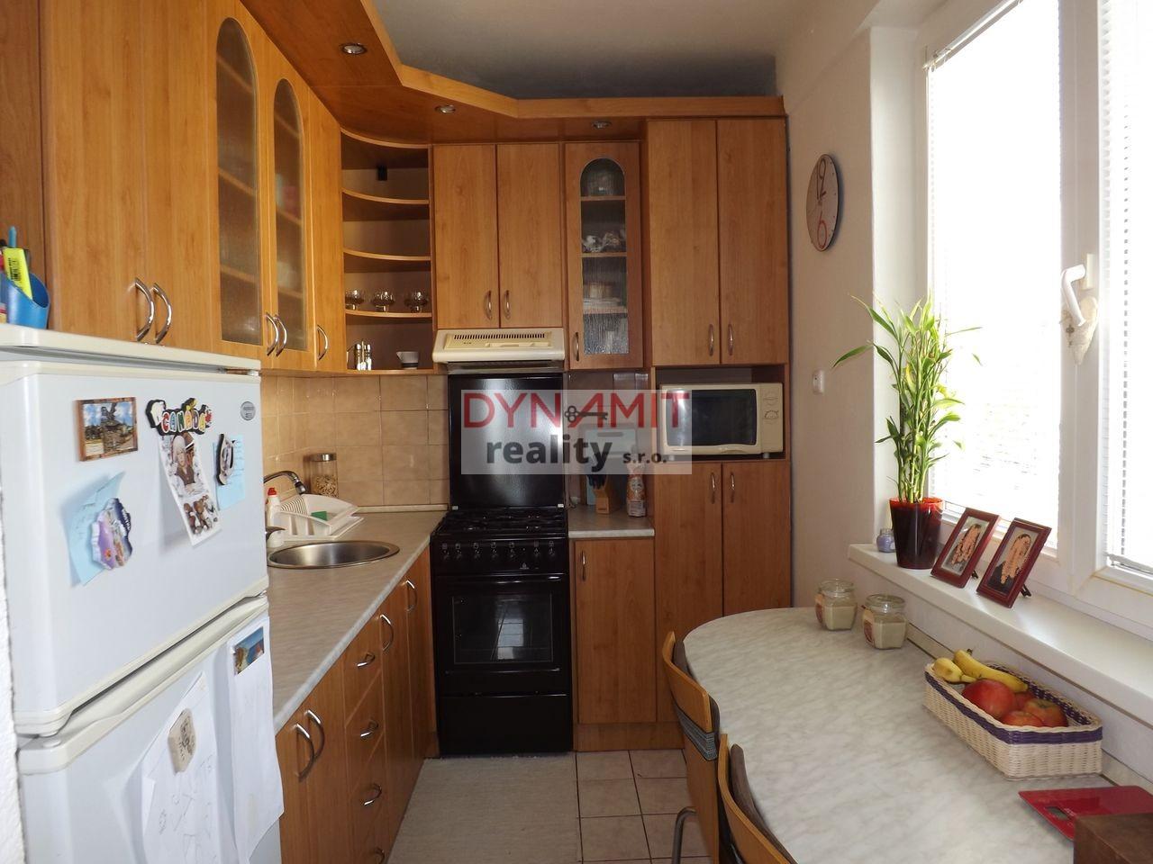 Predaj 3 izbový byt 54 m2 Prievidza , Staré sídlisko