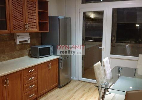 Prenájom 3 izbový byt 71 m2 Prievidza, Zapotôčky