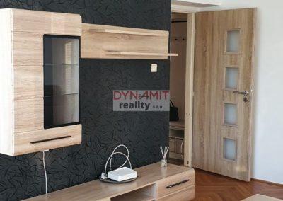 Prenájom 2 izbového bytu Nitra – Štúrova ulica