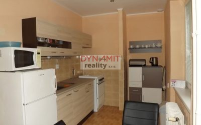 Prenájom 2 izbový byt 55 m2 Prievidza, Staré sídlisko