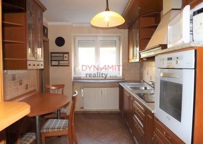 EXKLUZÍVNE – Predaj 4 izbový byt s krbom 94 m2 Handlová