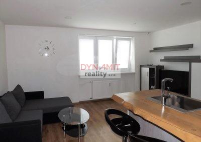 EXKLUZÍVNE – Prenájom 3 izbový byt 62 m2 Prievidza, staré sídlisko