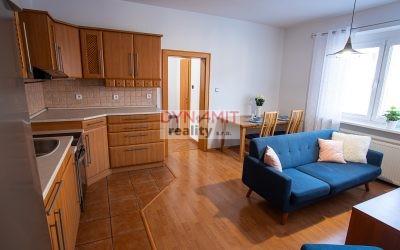 EXKLUZÍVNE – Predaj 3 izbového bytu 87 m2 – 2 x pivnica – Nováky