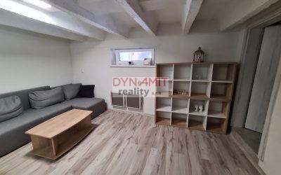 EXKLUZÍVNE – PRENÁJOM 20 m2 –   kancelársky priestor – centrum Prievidza – ulica Nová