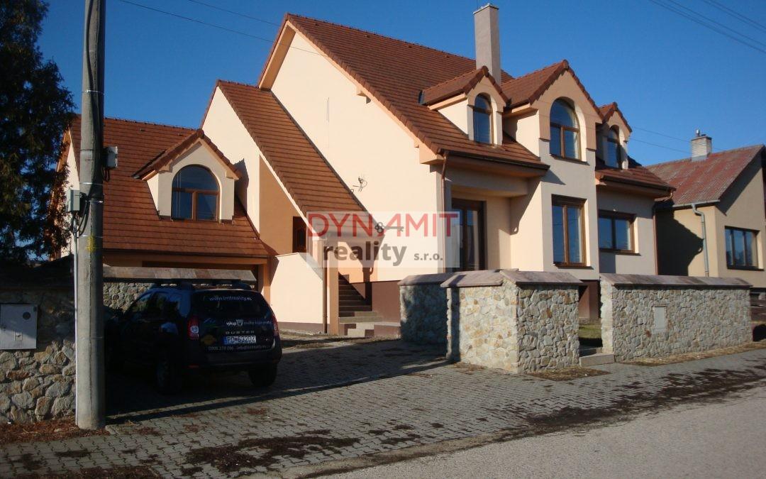 EXKLUZÍVNE – Predaj LUXUSNÁ rodinná vila s bazénom – Šurianky, Okr. Nitra