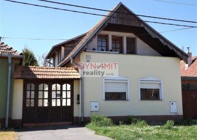 Predaj 5 izbový rodinný dom Hlohovec, Sv.Peter